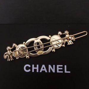 chanel  accessories hair